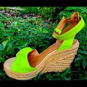 Marc Jacobs Espadrilles w/pretty bow in yellow s37